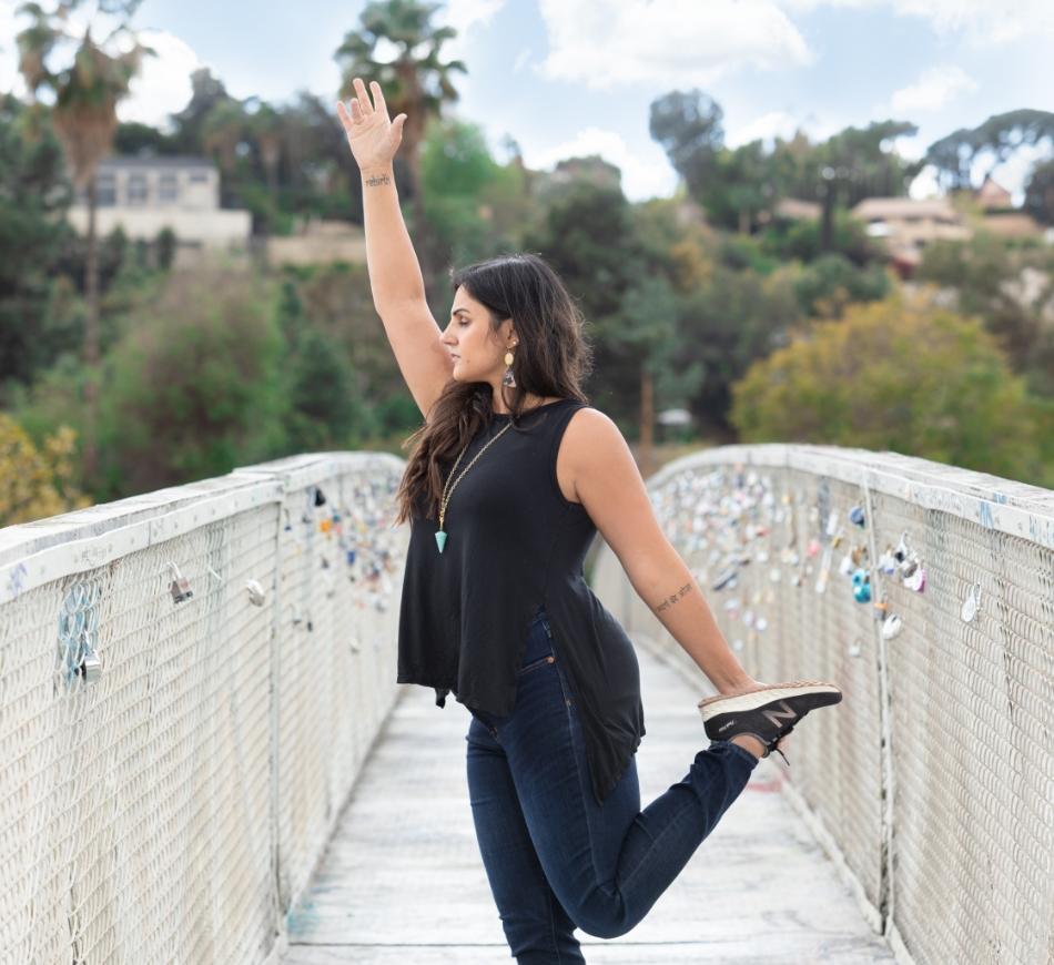 puja-therapy-yoga-pose-bridge